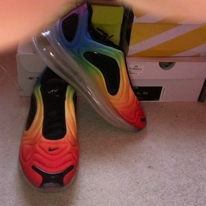 Nike Airmax 720 Be True